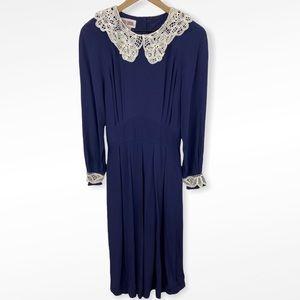 VTG Maggy London Long Blue Lace Collar Dress